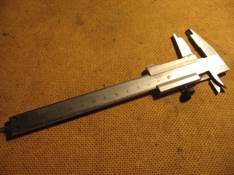 Штангенциркуль линейка угольник микрометр нутр