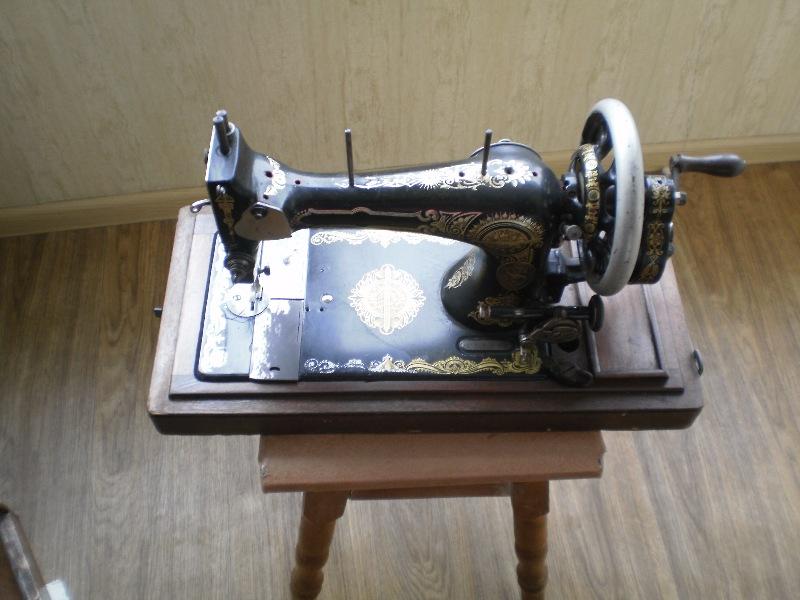 Швейная машинка ручная SINGER